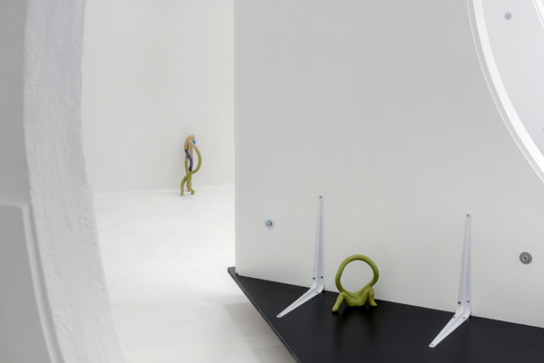 Void-scaping: Veronika Neukirch at Unit 1 Gallery | Workshop